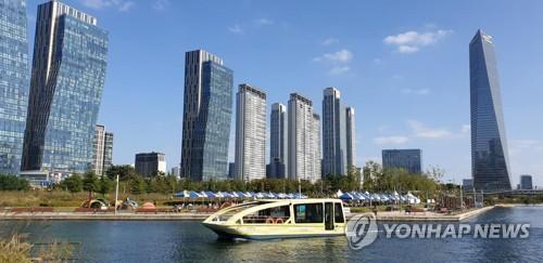 인천 송도 센트럴파크 친환경 전기 수상택시 건조 지연