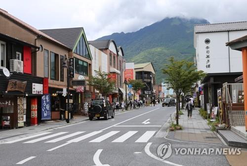 日여행 불매운동 더 거세졌다…9월 日방문 한국인 58% 급감