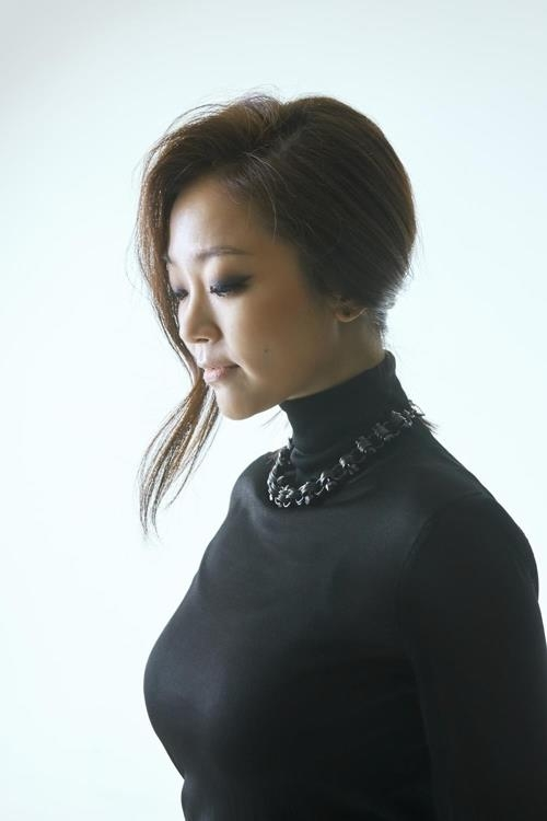 This photo of Lena Park was provided by her agency Mun Hwa In. (Yonhap)