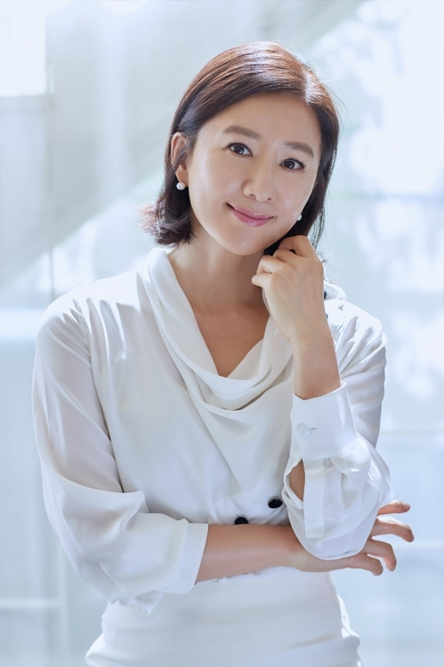 (Yonhap Interview) 'Herstory' actress Kim Hee-ae: I was scared I might spoil this 'precious' film