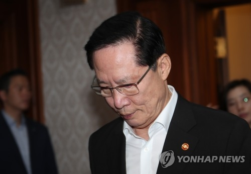 South Korean Defense Minister Song Young-moo in a file photo (Yonhap)