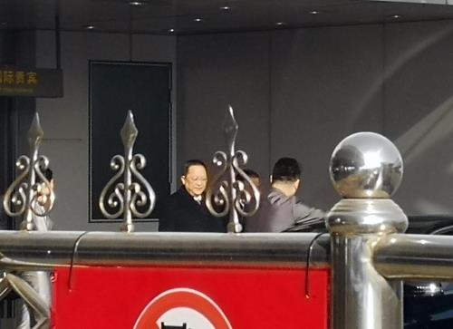 N. Korean FM arrives in Beijing en route to Vietnam