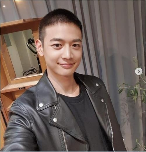This picture is captured from SHINEE Minho's Instagram. (Yonhap)