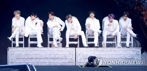 BTS performs at Wembley Stadium in London on June 1, 2019, in this photo provided by Big Hit Entertainment. (PHOTO NOT FOR SALE) (Yonhap)