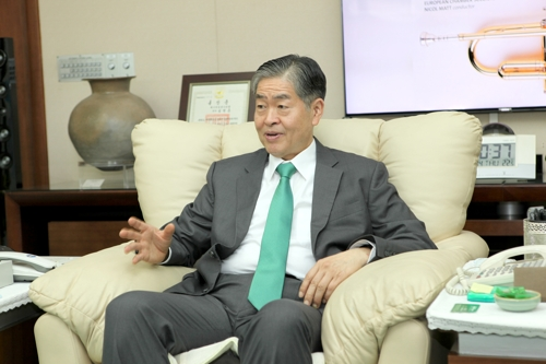 (LEAD) (Yonhap Interview) Ex-WEC chair says S. Korea can become key player in future energy market