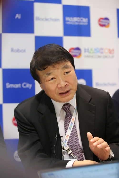 This photo provided by Hancom Group on Jan. 9, 2020, shows the group's Chairman Kim Sang-chul at the Consumer Electronics Show (CES) in Las Vegas, Nevada. (PHOTO NOT FOR SALE)