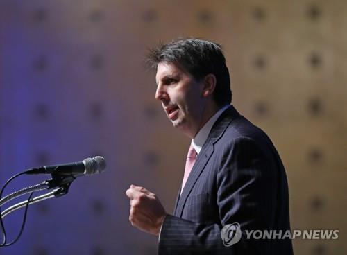 (LEAD) Ex-US envoy Lippert appointed YouTube's Asia-Pacific public policy head