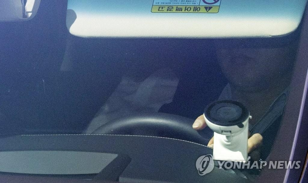 A car carrying Prosecutor General Yoon Seok-youl arrives at the Supreme Prosecutors Office in Seoul on July 3, 2020. (Yonhap)