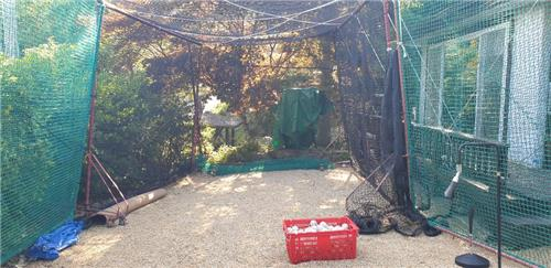 This photo provided by the Kiwoom Heroes on July 6, 2020, shows the batting cage set up outside the temporary residence for Addison Russell, the Korea Baseball Organization club's new foreign player, in Yangpyeong, 55 kilometers east of Seoul. Russell will serve his mandatory 14-day quarantine there after arriving in South Korea on July 8, 2020. (PHOTO NOT FOR SALE) (Yonhap)