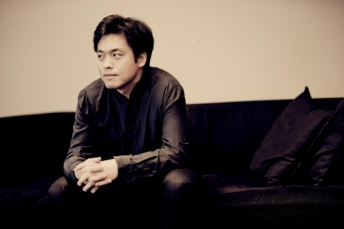 Pianist Kim Sun-wook hopes to comfort people through Beethoven's music