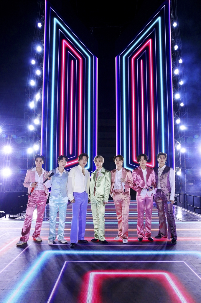 This photo, provided by Big Hit Entertainment, shows BTS onstage during the 2020 American Music Awards held in Los Angeles on Sunday (U.S. time). BTS joined from Seoul. (PHOTO NOT FOR SALE) (Yonhap)
