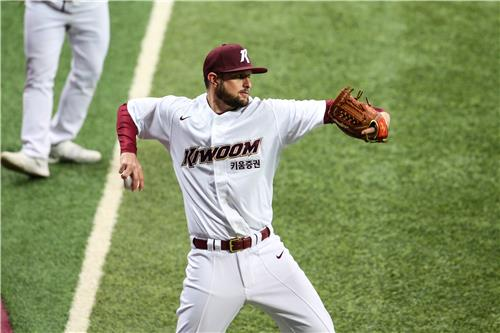 New pitcher to heed ex-KBO manager's advice by being himself