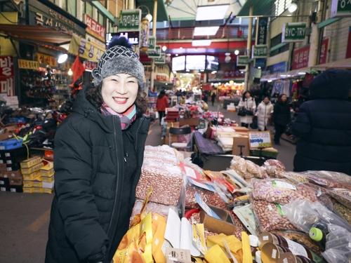지난달 28일 청주 육거리시장에서 만난 김인숙씨.