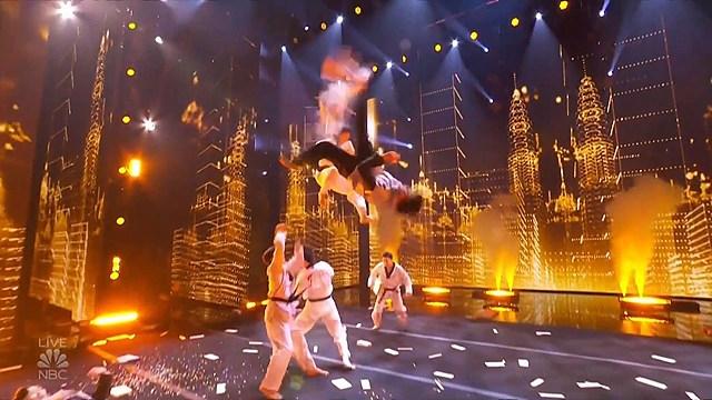 세계태권도연맹 시범단의 아메리카 갓 탤런트 경연 모습.