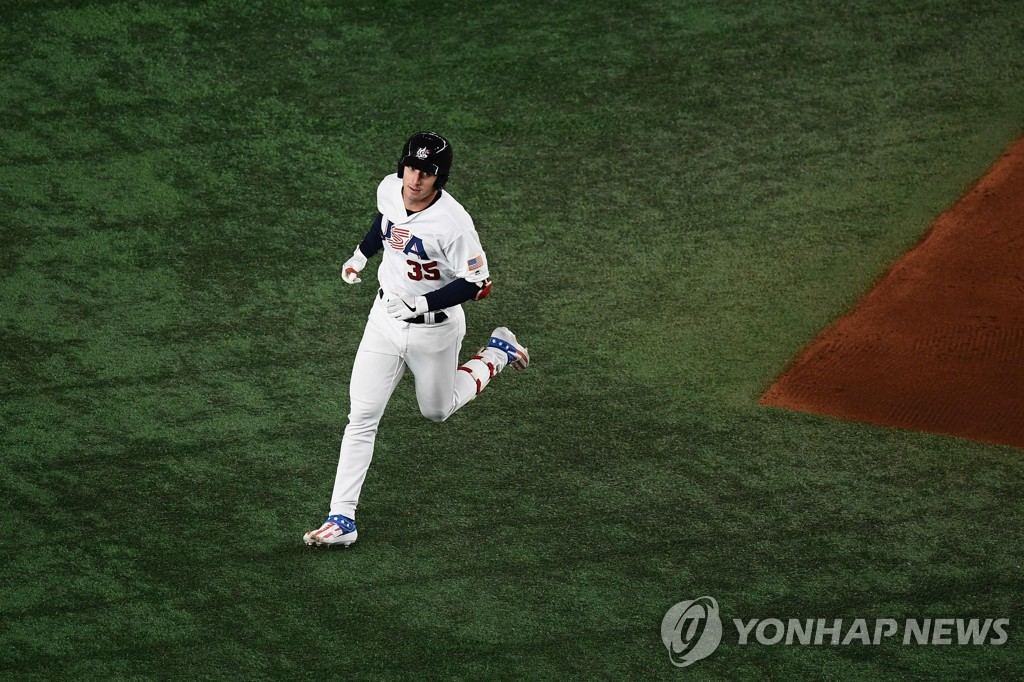 In this AFP photo, Brent Rooker of the United States rounds the bases after hitting a two-run home run against Chinese Taipei in the bottom of the seventh inning in the Super Round at the World Baseball Softball Confederation (WBSC) Premier12 at Tokyo Dome in Tokyo on Nov. 15, 2019. (Yonhap)