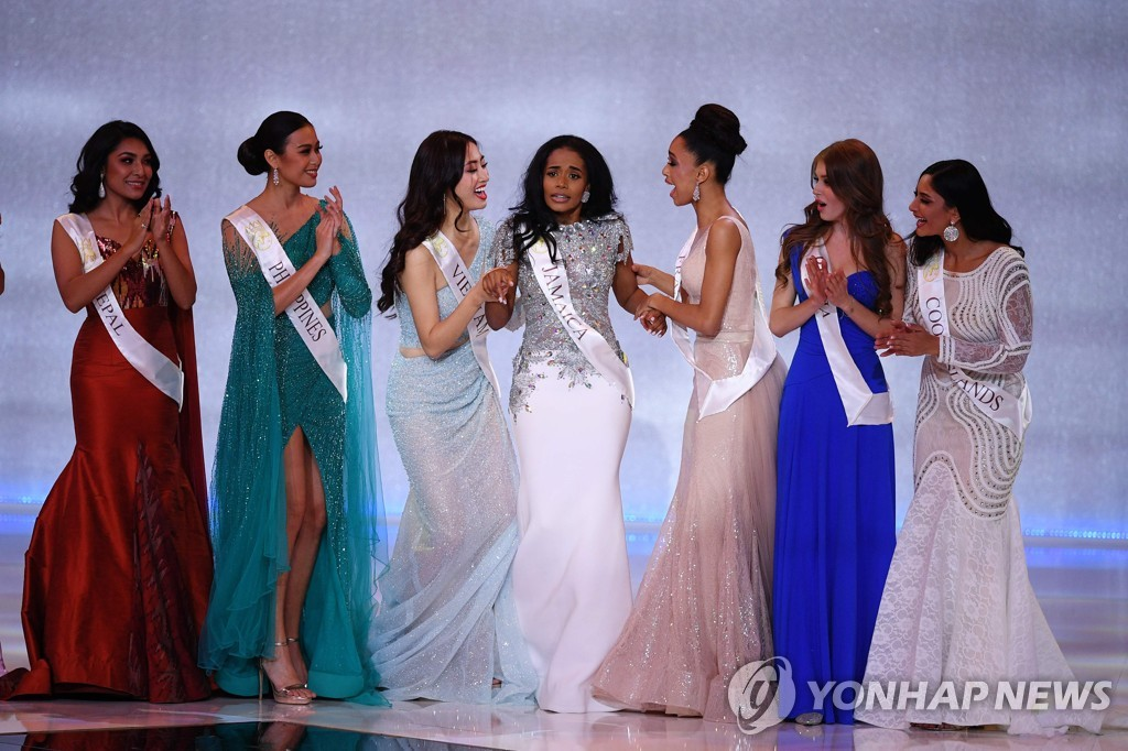 BRITAIN-MISS WORLD-FINAL