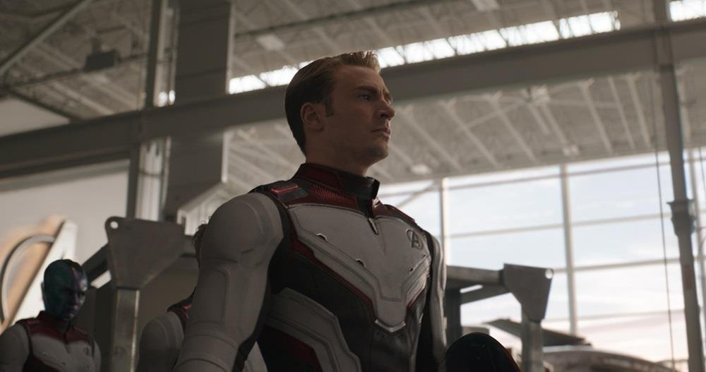 "This image, provided by Walt Disney Company Korea shows a scene from ""Avengers: Endgame."" (PHOTO NOT FOR SALE) (Yonhap)"
