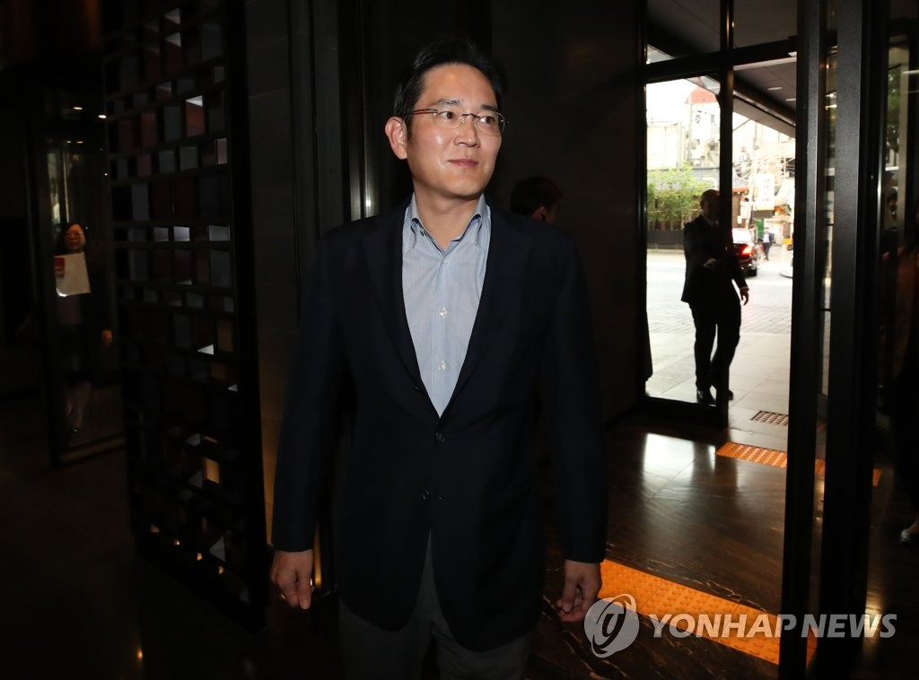 Lee Jae-yong, vice chairman of Samsung Electronics Co., arrives at a hotel in Seoul on May 22, 2019, to meet with former U.S. President George W. Bush. (Yonhap)