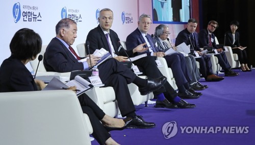 (Yonhap Forum) Multiple checks on sources, neutrality crucial for N. Korea coverage: foreign media panel