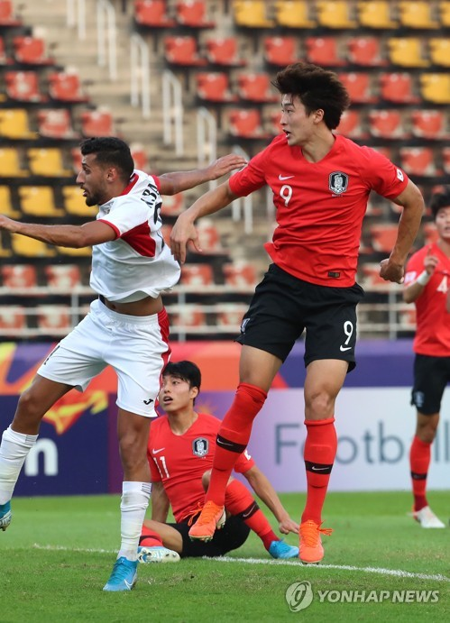 (LEAD) S. Korea defeat Jordan to move closer to Olympic men's football berth