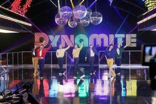 "This photo, provided by Big Hit Entertainment, shows BTS performing ""Dynamite."" (PHOTO NOT FOR SALE) (Yonhap)"