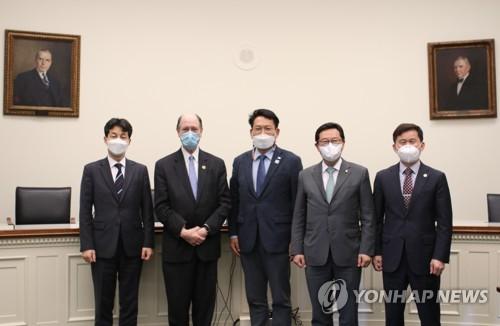 브래드 셔먼 의원과 면담 나선 민주당 한반도 TF 송영길 위원장