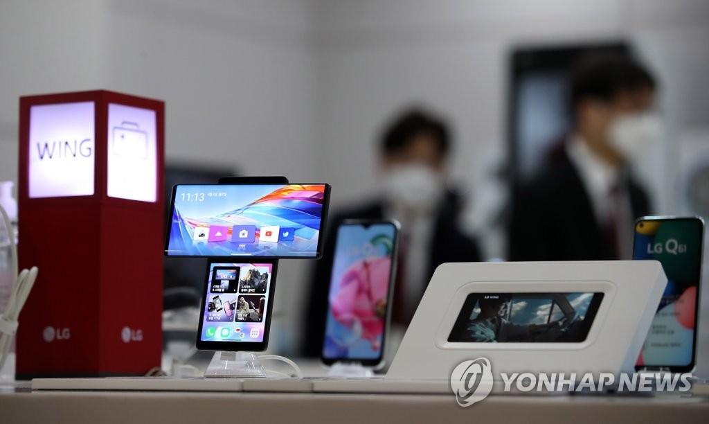 모토로라, LG 폰 북미 공석 점유? … 삼성 A 시리즈와 호환