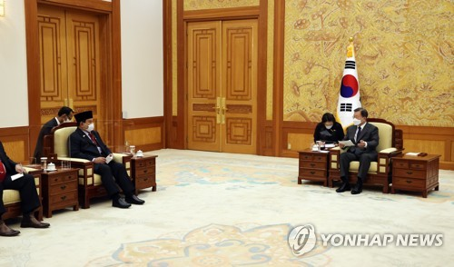 Moon: S. Korea-Indonesia fighter jet project symbolizes mutual trust